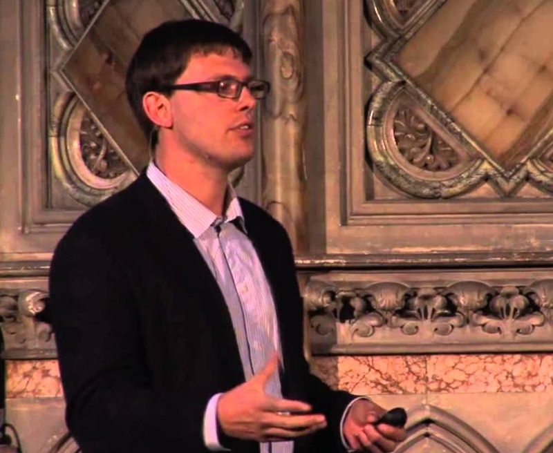 Tom Chatfield: How to thrive in the digital age